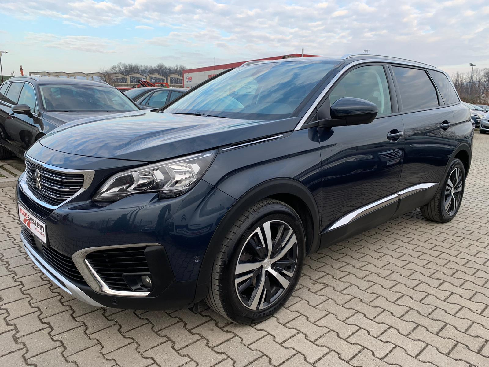 Peugeot 3008 1.6 HDI EXCLUSIVE